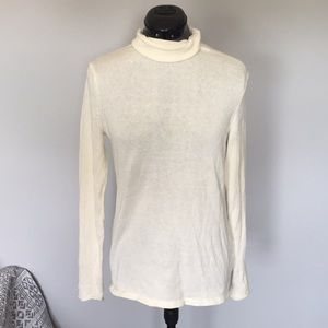 White Old Navy Turtle Neck Sweater